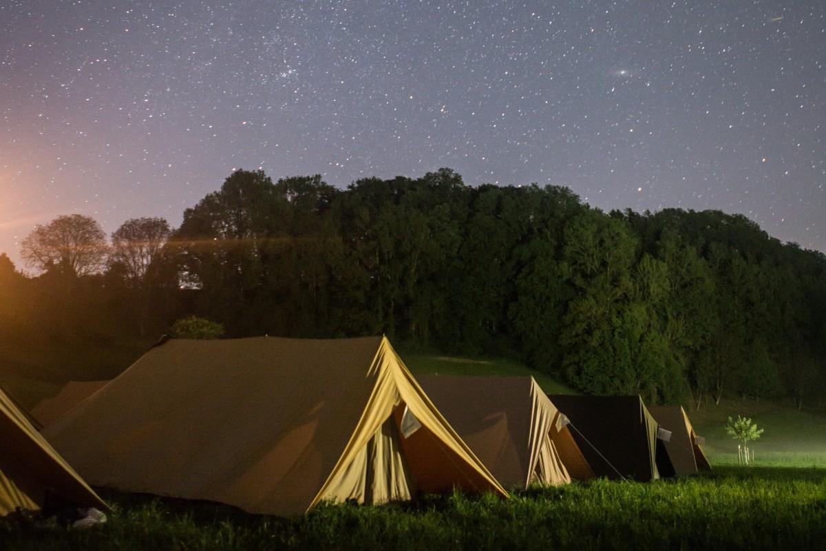 Schlafen unter tausend Sternen